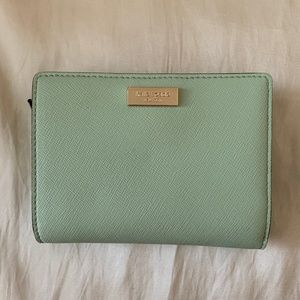 Kate Spade Mint Green Billfold-Excellent Condition